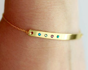 Birthstone Bracelet / Custom Bar Bracelet / Birthstone Jewelry / Gemstone Bracelet / Mom Bracelet / Custom Mom Bracelet / Personalized TBR