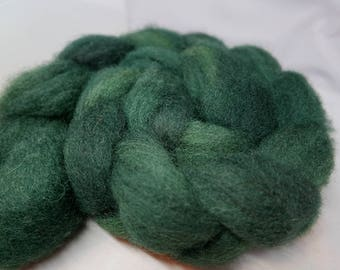 Heart of the Green - 4oz - 114g - Carded Texel Roving