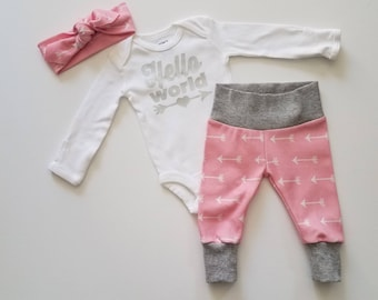 Baby Girl Coming Home Outfit. Newborn Girl Coming Home Outfit. Girl Sip and See Outfit. Hello World.  Pink Arrow.
