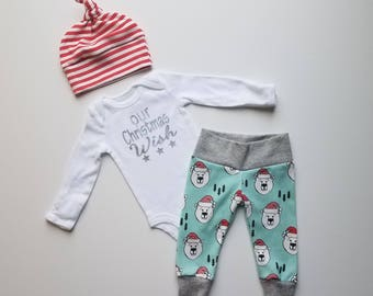 Newborn Boy Coming Home Outfit. Christmas Boy Coming Home Outfit. Baby Boy Christmas Outfit. Baby Boy Coming Home Outfit.  Christmas Bears.