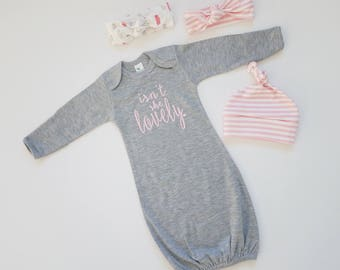Baby Girl Coming Home Outfit. Newborn Girl Gift Set. Baby Girl First Outfit. Newborn Girl Shower Gift. Isn't She Lovely. Sip and See.