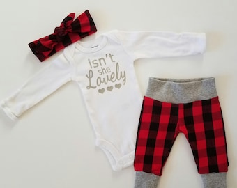 Baby Girl Coming Home Outfit. Buffalo Plaid Baby Girl Outfit.  Newborn Girl Coming Home Outfit. Newborn Girl Coming Home Outfit.