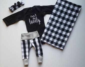 Baby Girl Coming Home Outfit. Buffalo Plaid Baby Girl Outfit.  Newborn Girl Coming Home Outfit. Baby Girl Coming Home Outfit. Black & White