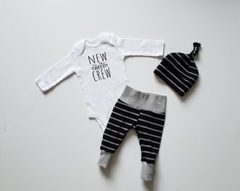 New to the Crew Personalized Baby Boy Coming Home Outfit. Personalized Baby Onesie Bodysuit. Fresh 48 Outfit.  Black & Gray Stripe