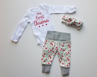 Baby Girl First Christmas Outfit. Baby Girl Christmas Coming Home Outfit. Christmas Berries. My First Christmas Outfit.