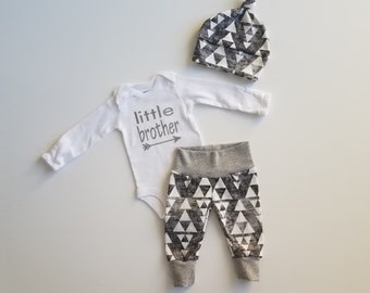 Personalized Baby Boy Coming Home Outfit. Newborn Boy Coming Home Outfit. Boy Coming Home Outfit. Coming Home Outfit Boy. Gray Arrows.