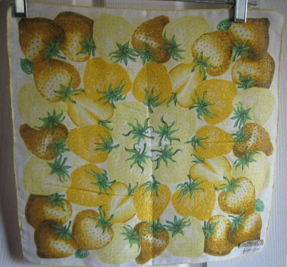 Vintage Yellow Strawberries Handkerchief-Design Ki