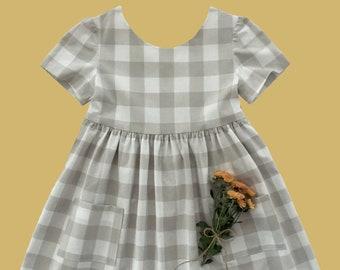 Girls Dress Pattern, The VALERIE DRESS, instant download PDF, toddler dress pattern, sewing pattern, girls sewing pattern, Peter Pan collar