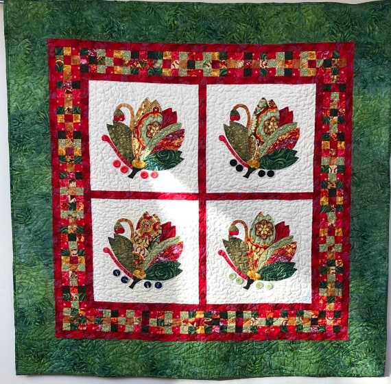 Holiday Swans 48x48 inch appliqué quilt