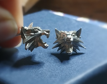 School of Wolf Studs - White Wolf Studs - Geralt Cosplay Earrings - Gift For Him - Gift Boyfriend - Silver Wolf Studs - Wolf Head Studs