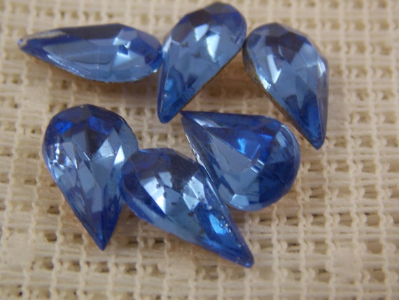 15 Vintage Czech Pear shape Foiled rhinestones 8x4.8mm  CRAFT Post Free