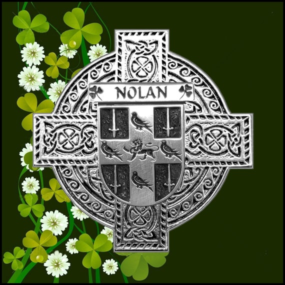 Nolan Irish Coat of Arms Claddagh Badge