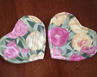 """Two mug rugs, coasters, 4 3/4""""x 5 1/4"""" quilted mug rug, quilted coasters, pink and yellow tulip mug rugs, reversible coasters, Valentine"""