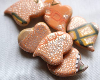Small Silver Leaf Heart Buttons, 3/4 inch, no. 317