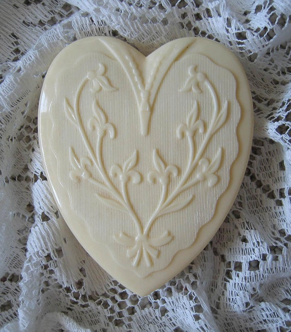 Vintage Heart Celluloid Jewelry Box Coro | NF Cond