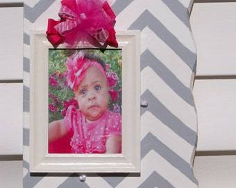 Chevron Design Picture Frame with coordinnating Bow