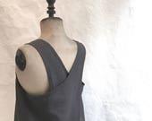 cross back smock apron in dark grey linen