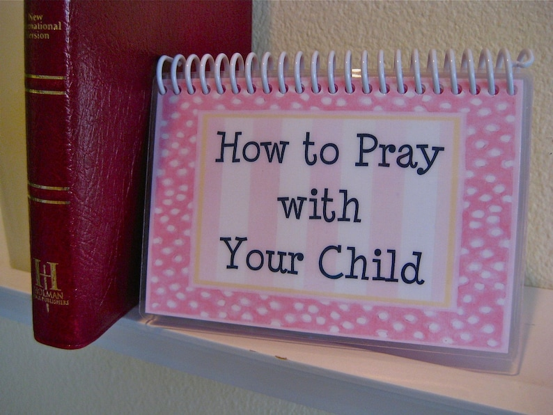 How to Pray With Your Child Spiral-Bound Laminated Prayer image 0