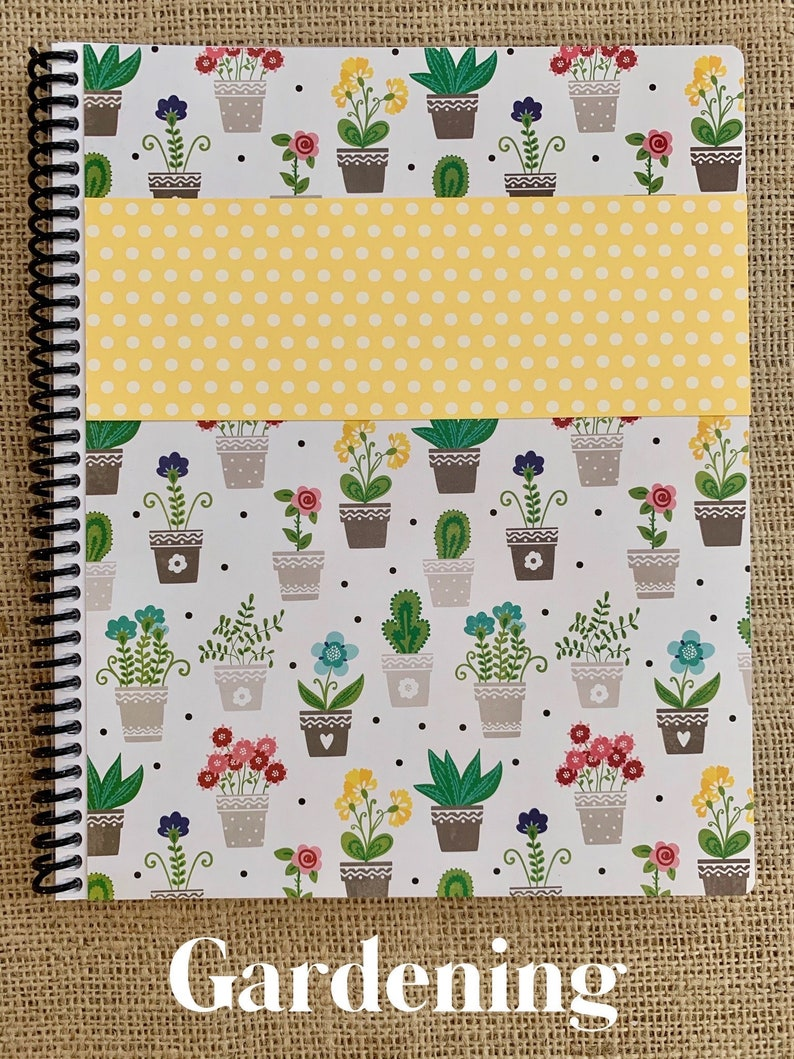 SALE August 2021-July 2022 itsjustemmy Weekly Day Planner with image 1