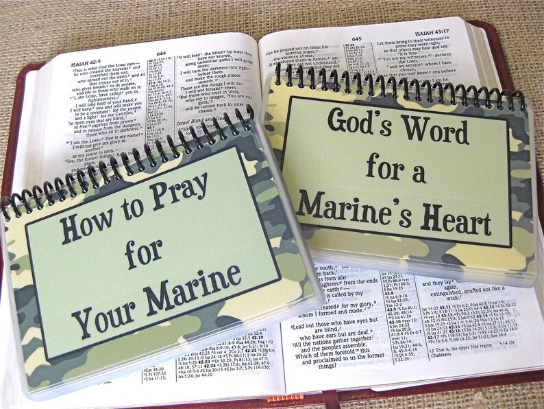 SALE  How to Pray for Your Marine/God's Word for a image 0