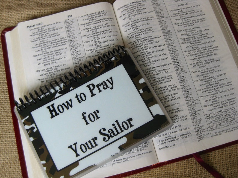 How to Pray for Your Sailor Spiral-Bound Laminated Prayer image 0