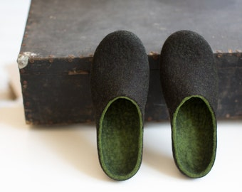 Felted men slippers Mens house shoes Forest green black brown natural wool clogs Eco friendly gift for him Wool anniversary Christmas