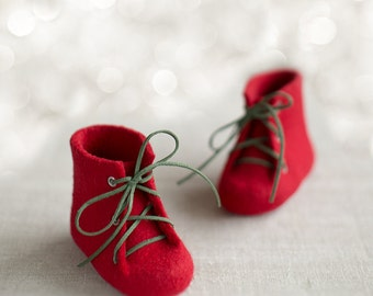 Baby's first Christmas shoes Newborn booties Deep red laced baby combat boots Natural wool shoes Felted unisex woolen booties Kids red shoes