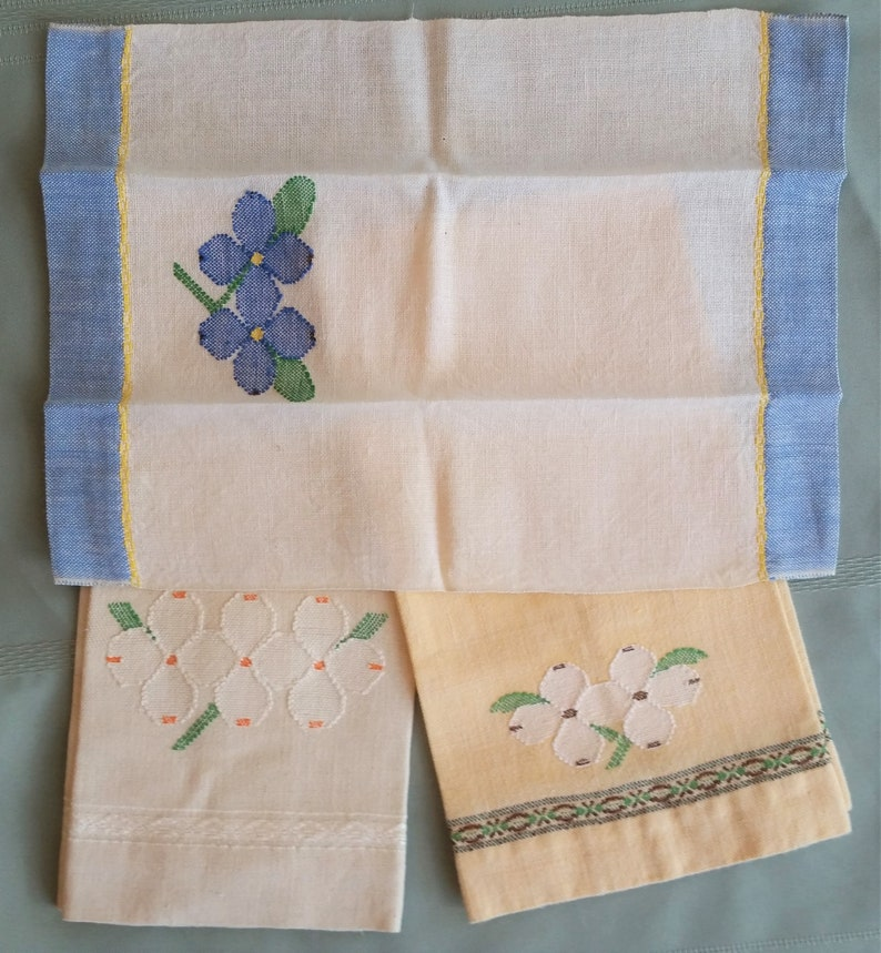 1 Fingertip size and 2 Tea or Guest Towels made for the Bearskin Craft Shop Three Handwoven Dogwood Towels Crossnore School Weavers ? TN