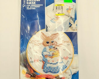 Vogart Crafts Embroidery Or Ballpoint Painting Crib /& Pillowcase BabyShower FREE SHIPPING