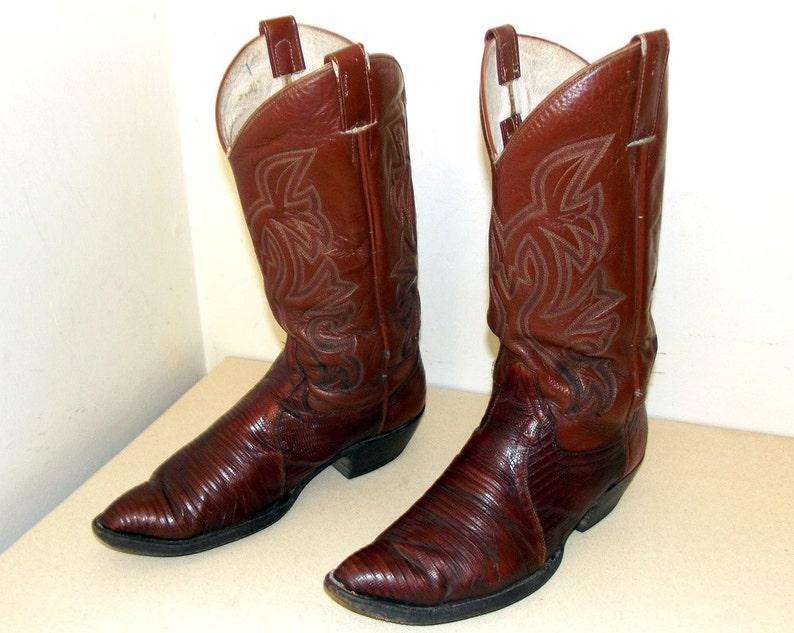 f56b096d2785 Vintage Cowtown brand Cowboy Boots size 10 D or Cowgirl size