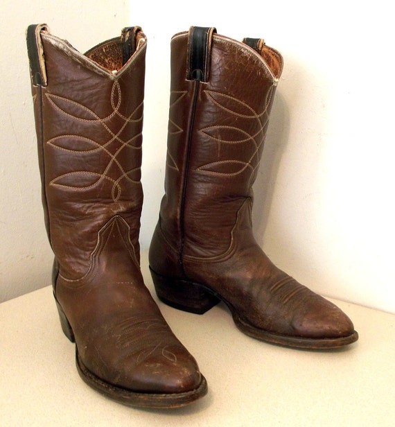 10 or boots 5 9 cowgirl size D size Distressed broken in cowboy Nocona well very xEnqUqwWzY
