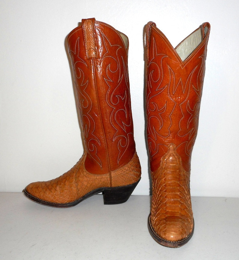 8f7a07ae260 Snakeskin Cowboy Boots Size 5 C Snake Tan Leather Vintage Urban Cowgirl  Shoes