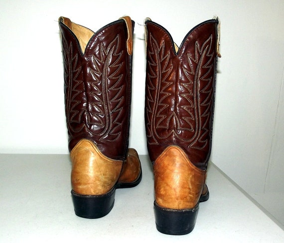 10 distressed fashion 5 tone size womens D or Two Boots 12 size Cowboy Brown xXOwaa7Sq