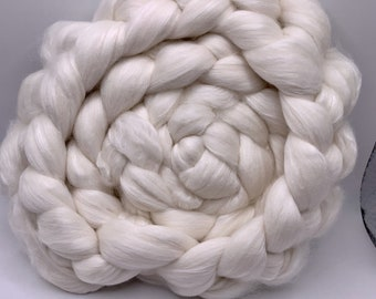 Spinning Fiber Merino 14.5/White Eri Silk - 5oz - Undyed