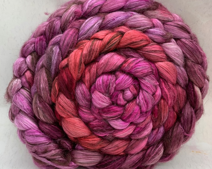 Merino 14.5/Yak/Bombyx Silk 20/40/40 Combed Top - 5oz - Candy Apple 1