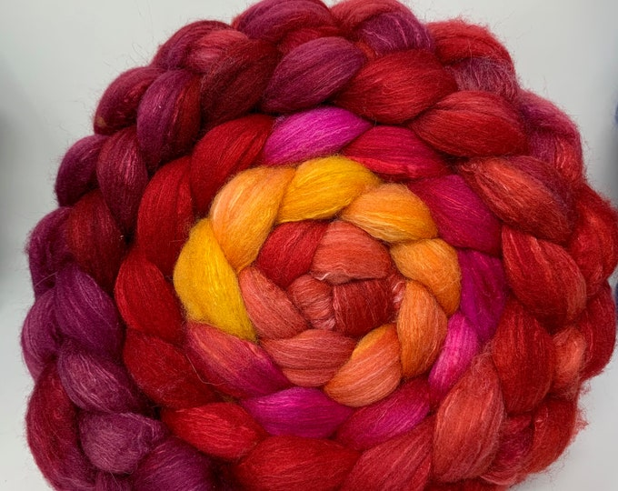 Spinning Fiber Organic Polwarth/Bombyx 80/20, Combed Top - 5oz - Red Cherry Chili Peppers 1