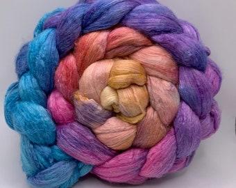 Spinning Fiber Merino 14.5/Tussah/Bombyx 33/33/33 - 5oz - Summer of Color 1