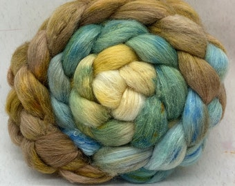 Shetland/Mulberry Silk 75/25  Combed Top - 5oz - Kentucky Pottery 1