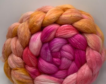 Spinning Fiber Organic Polwarth/Bombyx 80/20, Combed Top - 5oz Star Moss 2