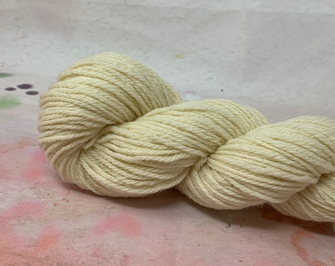 Aran Weight Yarn - Southdown - 100gram skein, 150 yards - Undyed