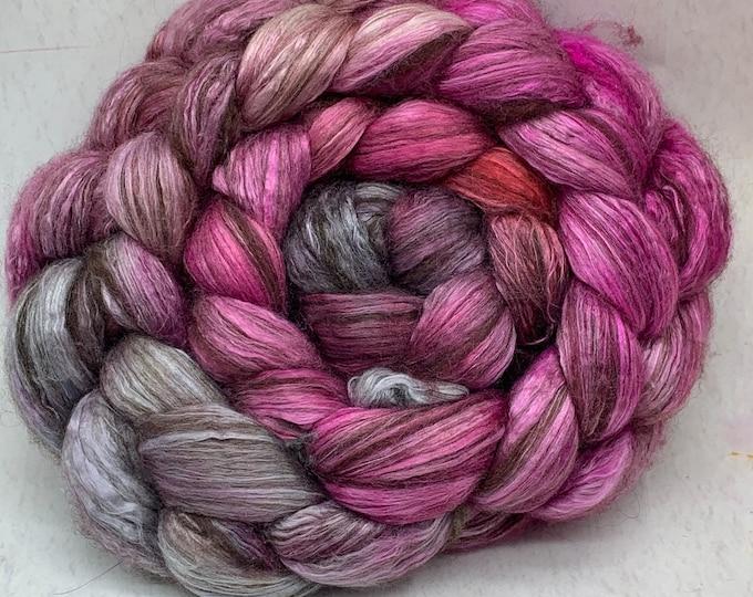 Merino 14.5/Yak/Bombyx Silk 20/40/40 Combed Top - 5oz - Dark Romance 1