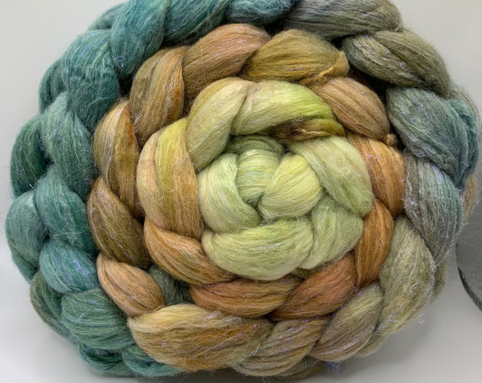 Polwarth/Rambouillet/Bombyx/Angelina 25/25/25/25 Roving Combed Top - 5oz - Pesto 1