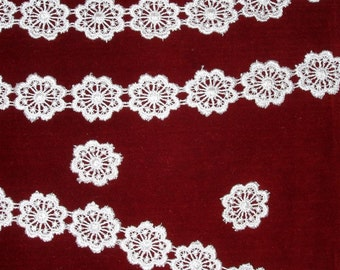 """1 yard Peachy Pink Vintage Venice or Venise Lace Trim 1"""" wide (sold BTY)"""