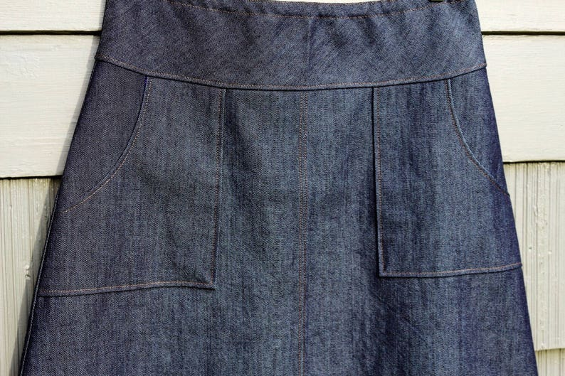 05949fb3ee Dark Denim Jean skirt Square Apron pockets A-line | Etsy