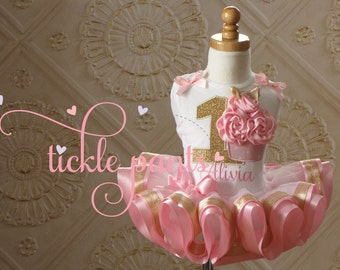 Baby girls 1st birthday outfit - Cupcake tutu - Pink and sparkling gold- Includes 3D cupcake top and ruffled tutu - Available in MANY colors