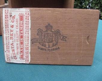 Vintage El Rey Del Mundo  Cigar Box Wooden