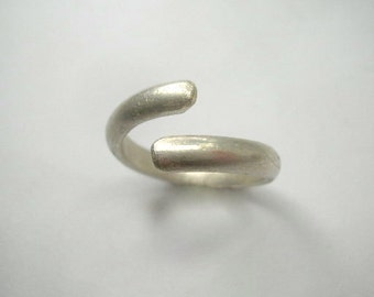 Sterling silver open adjustable ring . Sculptural sterling silver ring. Sterling silver ring for him and for her.