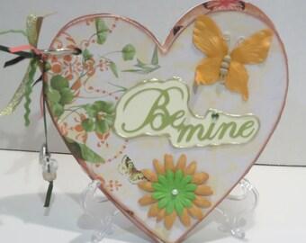 Heart-Shaped Mini-Album/Love/Anniversary/Valentine's Day