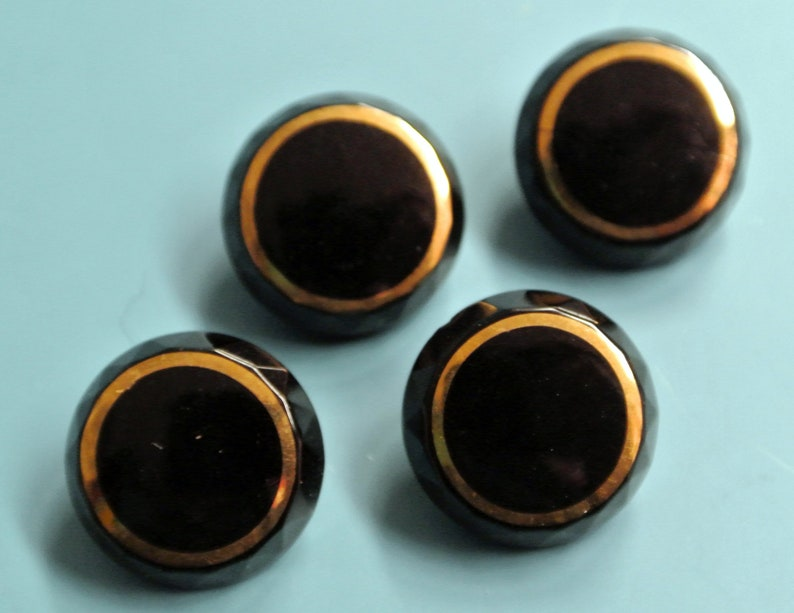 Lot of 5 gorgeous small vintage 1940s unused round black glass buttons with gold line circle faceted frame and selfschranks