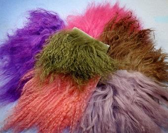 M00325-Short MOREZMORE Tibetan Lamb Fur WINE PURPLE 4x4 Doll Puppet Hair